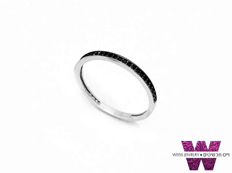 טבעת זהב לבן אבנים שחורות זהב אמיתי